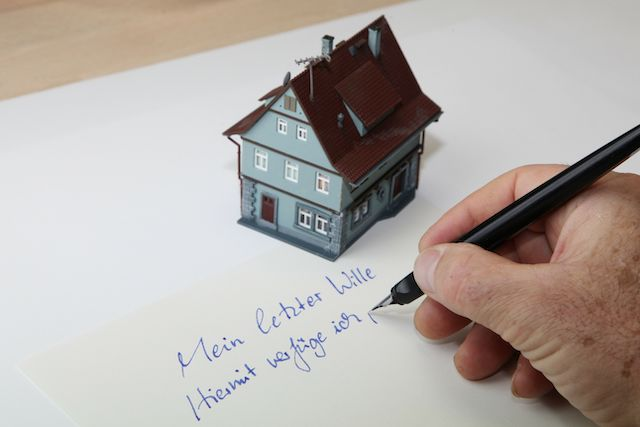 Testament zum Vererben einer Immobilie