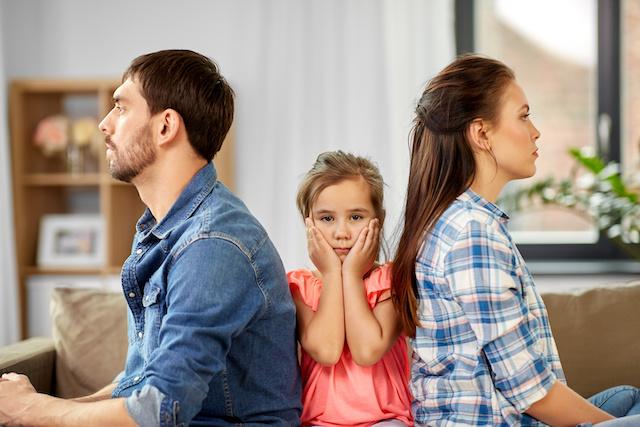 Familie mit Immobilie in der Scheidung